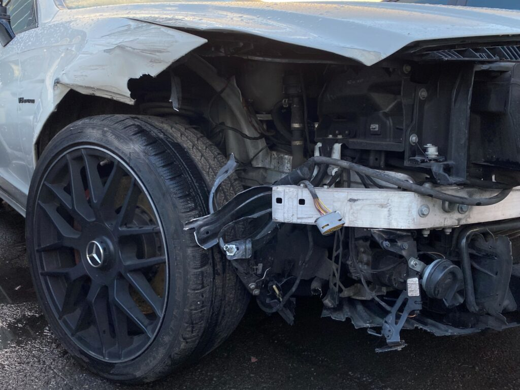 MB CLS 63 AMG UNFALL 2